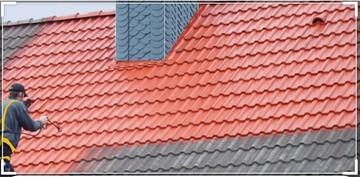 Les étapes d'un démoulage et nettoyage de toiture chez votre artisan Johann Weiss
